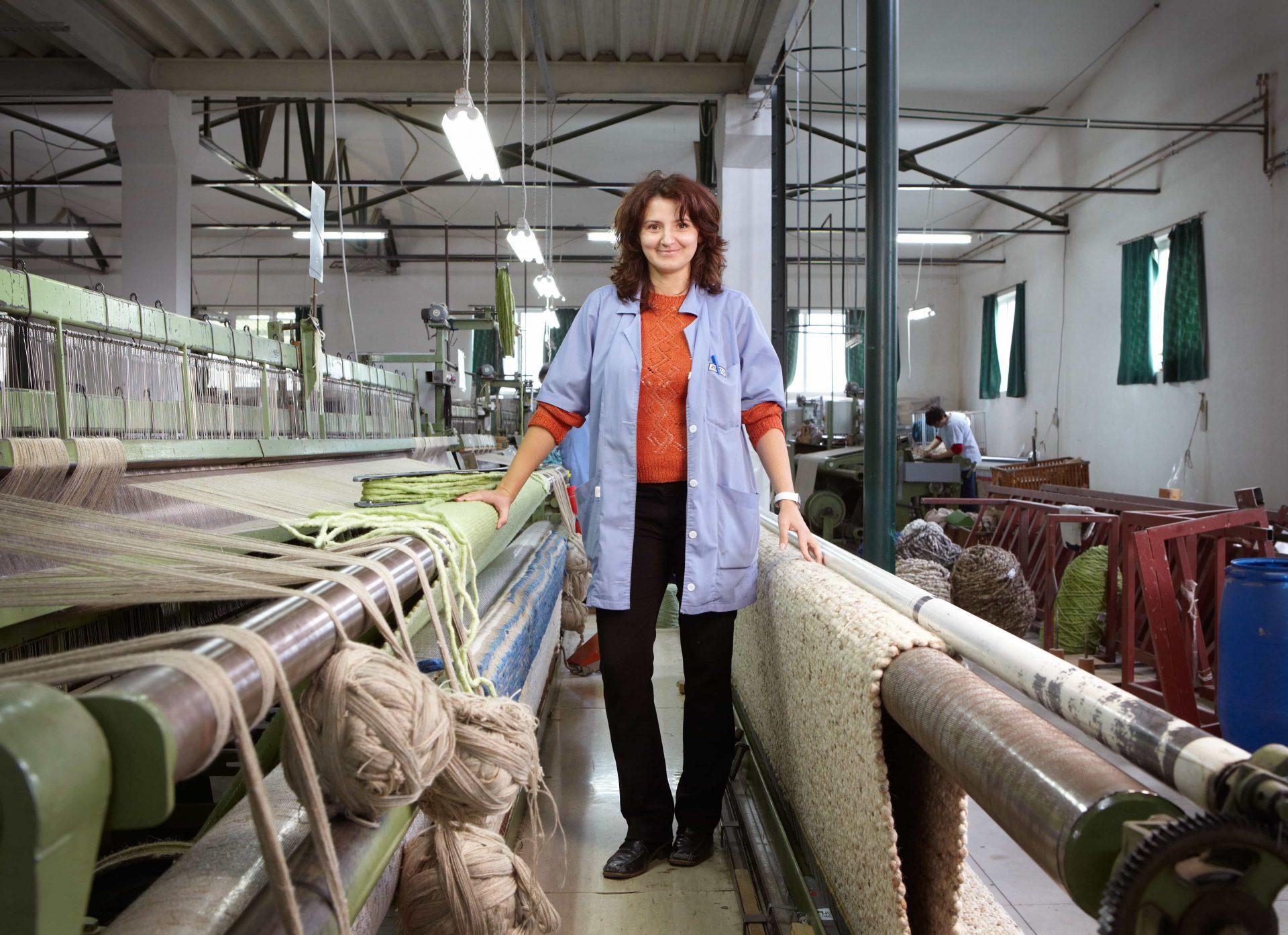 Tisca_Teppiche_Produktion_Frauenhand