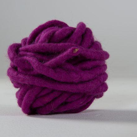 Wollgarn_Purple